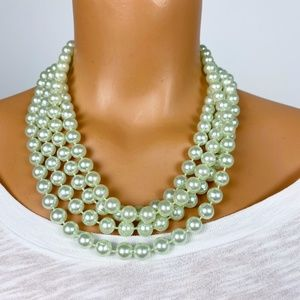 vintage pale green pearlescent strand of beads